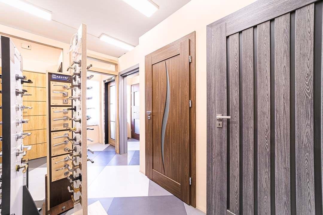 Békéscsaba ajtó