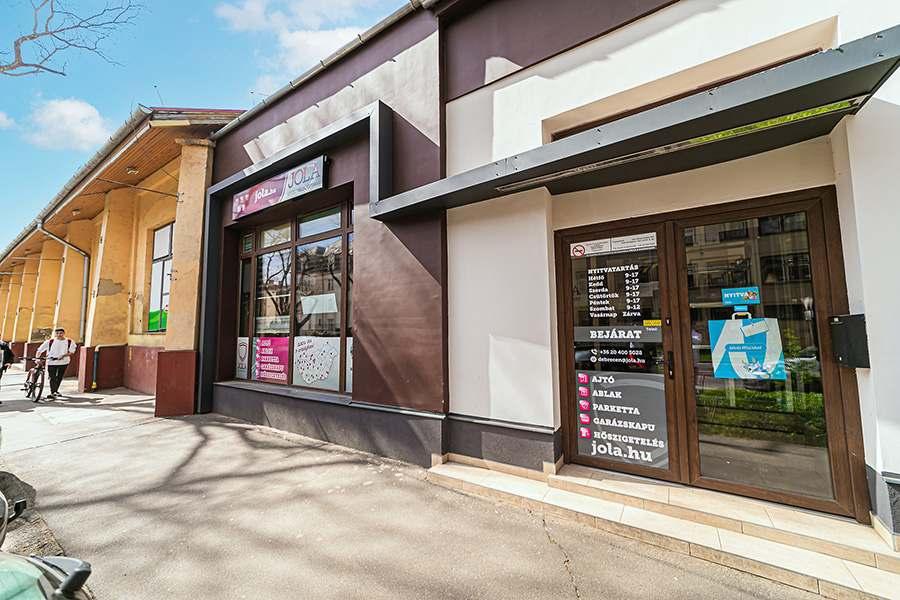 JOLA Debreceni üzlet külső