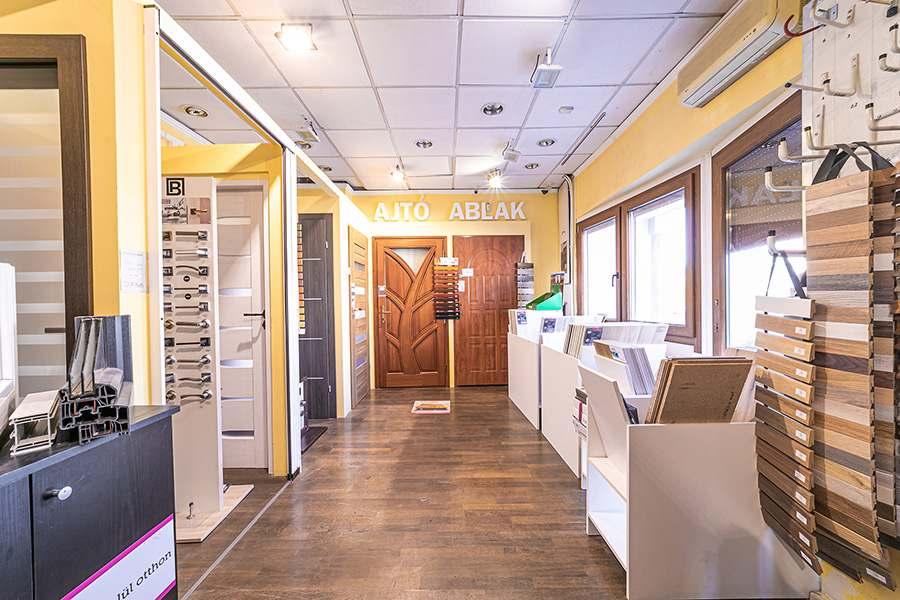 Gyula ajtó